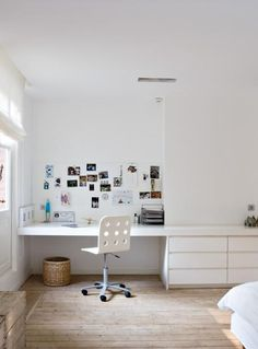 WHITE STUDY AND DRAWERS THAT BLEND INTO WALL. LEAVING ALL THE FUSS ON THE FLOOR #dentist