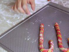 Make a Candy Cane Step 13 Version 2.jpg