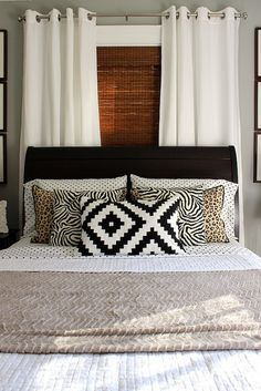 Home Decoration Tips Lovely guest bedroom.Home Decoration Tips Lovely guest bedroom Decor, Living Room Blinds, Bedroom Makeover, Bedroom Decor, Home, Interior, Window Behind Bed, Home Bedroom, Home Decor