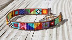 Brillante y colorido Tribal - esque nativa estilo abrigo telar amistad pulsera de cuero
