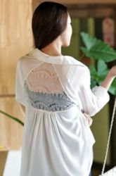 pretty lace triangle back panel mullet hem shirt  CODE: RBNRB21-B-013  Price: SG $53.85 (US $43.43)
