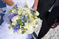Hochzeitsstrauss Weiss Blau