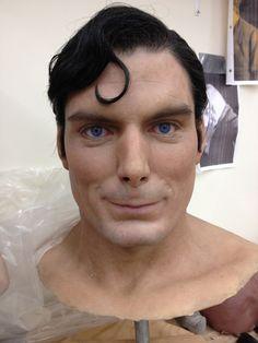 Amazing Life-like Hyperrealism Sculpture by Kazuhiro Tsuji - Superman Christopher Reeve Human Sculpture, Sculpture Clay, Christopher Reeve Superman, 3d Prints, Man Of Steel, Japanese Artists, Art Dolls, Sculpting, Fantasy Art