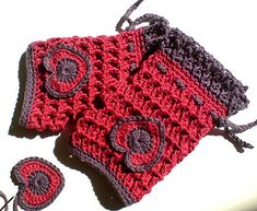 """Ravelry: Crochet Mittens """"Sweetheart"""" and """"Honeycomb"""" pattern by Barbara Summers"""