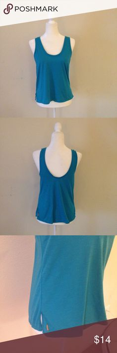$10 SALE Lucy Workout Tee Never worn! Would look great with a Strappy sports Bra because it's a scoop neck back :) size small. Great for yoga, barre, all your workouts! Lucy Tops Tank Tops