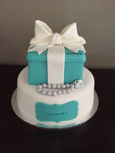 The most beautiful tiffany blue cake Tiffany Cakes Pinterest