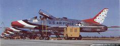 Thunderbirds F-100 Super Sabre Gallery Us Military Aircraft, Air Machine, Air Force Aircraft, Photoshop Pics, Aircraft Painting, American Veterans, Aircraft Photos, Blue Angels, Us Air Force