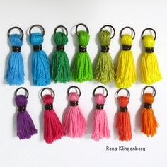 How to make tassels for jewelry - Colorful Tassel Jewelry - tutorial by Rena Klingenberg Tassel Jewelry, Wire Wrapped Jewelry, Metal Jewelry, How To Make Tassels, Necklace Display, Discount Jewelry, Selling Jewelry, Jewelry Crafts, Jewerly