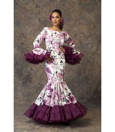 African Fashion Ankara, African Print Fashion, Casual Dresses For Women, Nice Dresses, African Print Dress Designs, Spanish Fashion, Spanish Style, African Blouses, Gala Dresses
