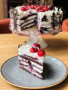 Tort Pădurea Neagră cu jeleu de cireșe, frișcă și ciocolată – Chef Nicolaie Tomescu Good Food, Sweet, Ethnic Recipes, Desserts, Deserts, Candy, Tailgate Desserts, Postres, Dessert