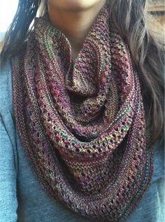 Starshower by Hilary Smith Callis Knit Cowl, Knitted Shawls, Crochet Scarves, Knit Crochet, Knitting Room, Knitting Yarn, Free Knitting, Shawl Patterns, Knitting Patterns