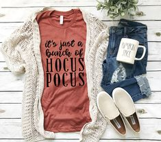 Excited to share this item from my #etsy shop: It's just a bunch of Hocus Pocus Shirt | Fall shirt | Fall shirts women | Hocus Pocus | unisex | womens tee | Halloween tee Fall Fashion Trends, Autumn Fashion, Women's Fashion, Fashion Graphic, Fashion Ideas, Fashion Blogs, Fashion Outfits, Fashion Quotes, Work Fashion