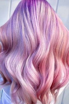 Half Lavender Half Pink Color ❤️ Looking for lavender hair ideas? Our pastel highlights, dusty lilac shades, silver blonde ombre with dark roots, and lots of cute colors are here! ❤️ See more: lovehairstylesco… - Hair Color Lavender Hair Colors, Hair Color Purple, Hair Dye Colors, Cool Hair Color, Blonde Color, Pink Hair, Blonde Ombre, Pink Color, Pastel Hair Colors