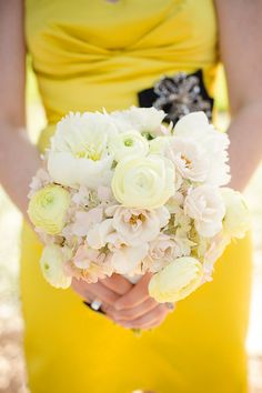 Bright + HAPPY bridemaid´s bouquet - Hill Country wedding at Camp Lucy by Caroline + Ben Photography Yellow Bridesmaid Dresses, Bridesmaid Bouquet, Wedding Bridesmaids, Wedding Bouquets, Wedding Flowers, Blue Bridesmaids, Rose Wedding, Yellow Wedding Colors, Wedding Color Schemes