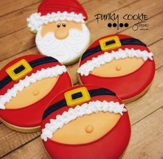 Ideas Holiday Cookies Decoration Desserts For 2019 Santa Cookies, Christmas Sugar Cookies, Iced Cookies, Christmas Cupcakes, Christmas Sweets, Christmas Cooking, Noel Christmas, Cookies Et Biscuits, Holiday Cookies