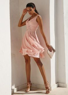1fe234f5eb5f84 Showy Chiffon V-neck Neckline Short A-line Homecoming Dresses With Beadings