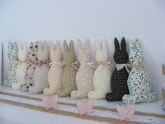 Easter Crafts, Easter Decor, Easter Ideas, Moon Pillow, Easter Gift Baskets, Easter Wreaths, Easter Bunny, Gifts For Kids, Sewing Projects