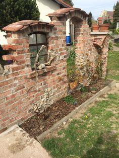 Garden Deco, Garden Art, Garden Design, Home And Garden, Brick Fence, Backyard Fences, Walled Garden, Garden Styles, Landscape Design