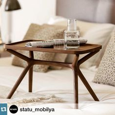 Walnut Side Table with removable tray. The base can be positioned horizontally or vertically / Design M. Fossati