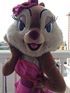 Chip and Dale were joined at the brunch by the extremely GLAMOROUS Clarice! #Disney #DisneylandParis