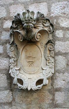 Bubic - Budva Lion Sculpture, Arms, Statue, Littoral Zone, Sculptures, Sculpture, Weapons