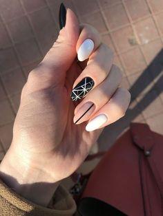 Semi-permanent varnish, false nails, patches: which manicure to choose? - My Nails Nail Manicure, Diy Nails, Nail Polish, Nail Jewels, Cute Acrylic Nails, Perfect Nails, White Nails, Pink Nail, Black Nails