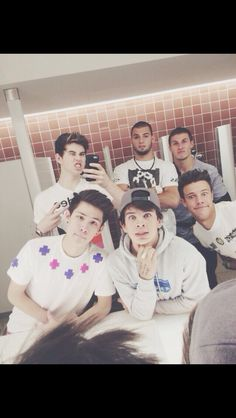 Nash Hayes and will Grier Carter Reynolds and Cameron Dallas all da boys Hayes Grier, Nash Grier, Blake Grey, Minions, Macon Boys, Bae, Vine Boys, Magcon Family, Chon Mendes