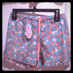 """Jasmine & Ginger NWT, Jasmine & Ginger """"candy"""" sleep shorts. 100% cotton. Perfect For Valentines! just pair it with a white tank top or long sleeve shirt. Sleep shorts are Teal with ribbon drawstring closure. Shorts feature a sweet motif (see photos above) They have cute ruffled leg opening. Other colors/styles available 4sale (see photo #4 for details) This listing is for one pair of shorts. I have 2, Medium & Large in Teal. Please let me know if you're interested & I'll make you a listing…"""