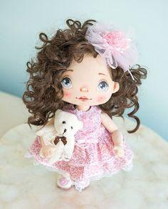 #alicemoonclub #ooak #textiledolls #handmade #nicegift #clothesdoll #heirloom #doll #dolly  #interiordoll #shophandmade #dolls #gift #bestgift #artdolls #vintage #unique #picoftheday #girl #giftideas #decoration #dollmaker #collectordolls #like4like #art #craft #design #interiordolls #keepsake #exclusivelyetsy