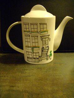 Brooklyn brownstone teapot.