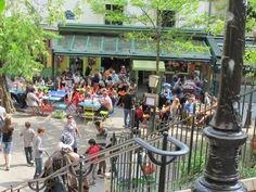 L'Eté en Pente Douce : la plus estivale Une terrasse comme on les aime, qui nous ferait presque penser qu'on est sur une place de village provençal, les cigales en moins. Adresse : 23 rue Muller 75018 Paris