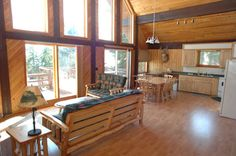 3 bedroom cabin rental at Stanley's Resort on Eagle Lake.