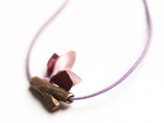 naszyjnik nature z brązu + lila w patchu na DaWanda.com