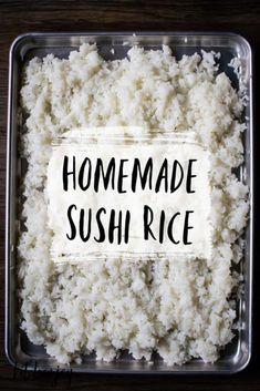 Thai Dessert, Dessert Dishes, Sushi Rice Recipes, Sticky Rice Recipes, Sushi Rice Recipe Rice Cooker, Cooking Sushi Rice, Sushi Bake, Sweet Sticky Rice, Mango Sticky Rice