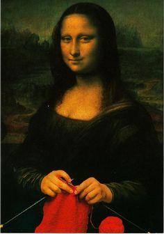 Mona Lisa smile finally explained. #knitting