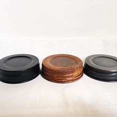 BLACKETT & CO. customize your candle to your style by selecting from one of our three lid options. choose from black, antiqued or bronze.