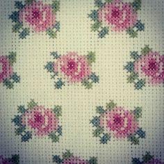 Bead Crafts, Diy And Crafts, Loom Beading, Needlepoint, Elsa, Cross Stitch, Miniatures, Cushions, Chart