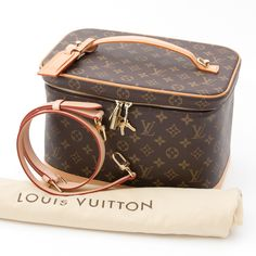 6df026e8b8c9 Labellov Just In ○ Buy and Sell Authentic Luxury. Travel Cosmetic BagsTravel  ...