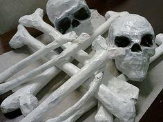 Riittalicious: Halloween / Paper mache bones