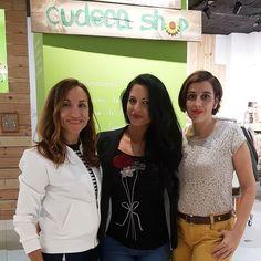 Con @pia_love_makeup y @makeup_y_moda en la tienda de #Cudeca de #malaga  Gracias chicas por vuestra simpatia  #evento #malagablogger #friendsfluencers #instamoment #instapic #instafashion #instablogger #style #bloggermalaga #fashion
