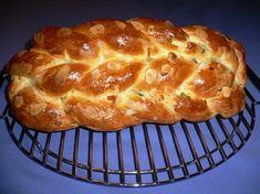 1033. vánočka od maminky Andulka - recept pro domácí pekárnu Challa Bread, Christmas Candy, Recipe Box, Banana Bread, Food And Drink, Yummy Food, Baking, Breakfast, Recipes