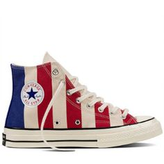 6827091b30c96 Women s Chuck Taylor All Star 70 Varsity Print Sneakers Chaussures Converse