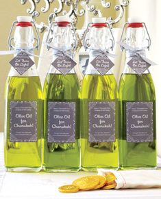 Hanukkah Olive Oil Gifts #chanukah #labels #bottles #holiday