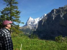 hiking in murren