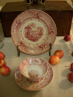 Red Spode. I love it.