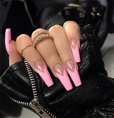 French tip nails are chic, delicate and gorgeous. It is a classic nail art design type, in recent years it has become the trend of nail art design. The history of French tip nails was first used by French models to make them look clean and beautiful. French Tip Acrylic Nails, French Tip Nail Designs, Coffin Nails Matte, Pink Acrylic Nails, Aycrlic Nails, Pink Tip Nails, Long French Tip Nails, Acrylic Nail Tips, French Stiletto Nails