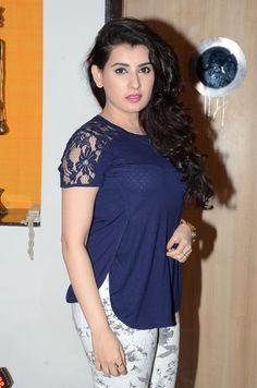 awesome Achana at Nannu Vadili Neevu Polevule movie audio launch