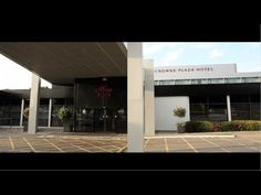 REVIEW- Manchester Airport Crowne Plaza     http://www.youtube.com/user/HolidayExtrasTV