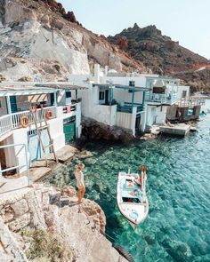The Complete Milos, Greece Travel Guide Places to travel 2019 - Travel Photo Oh The Places You'll Go, Places To Travel, Travel Destinations, Places To Visit, Voyage Europe, Photos Voyages, Travel Aesthetic, Beach Aesthetic, Travel Goals