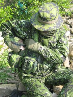 Danish M/84 pattern Best Camouflage, Military Camouflage, Military Surplus, Military Gear, Military Personnel, Military Uniforms, Tactical Survival, Tactical Gear, Tactical Uniforms